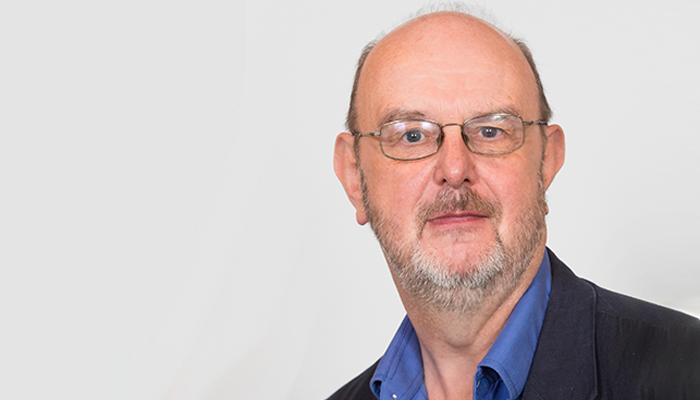 Photograph of Dr Bob Smith